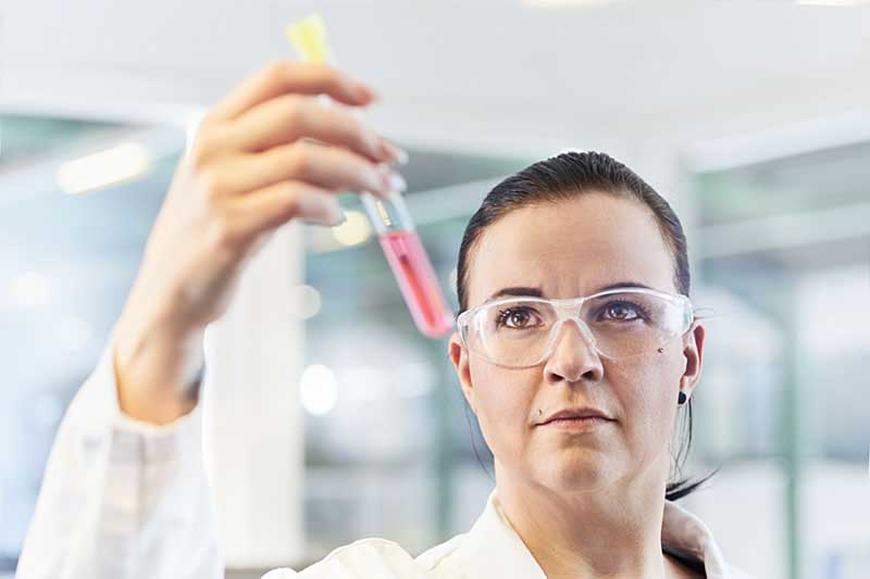Entwicklung und Herstellung von Hightech Schlauchlinern mit UV-Technologie